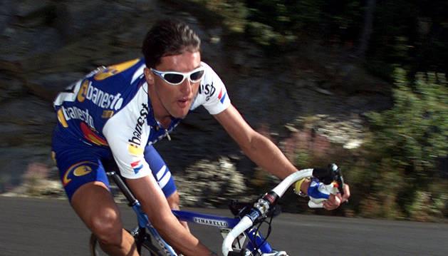 José María Jiménez, en un descenso durante la Vuelta a España.