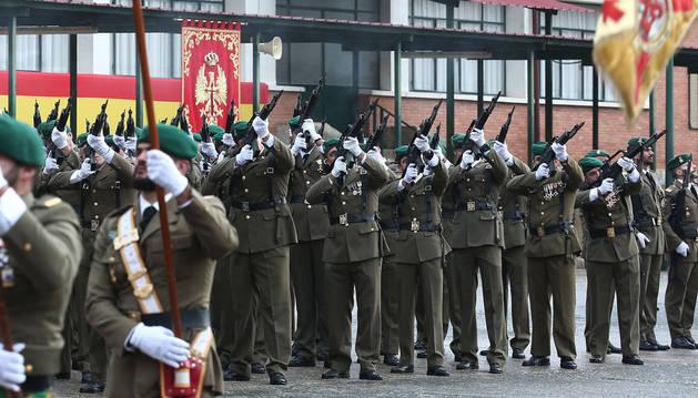 Imagen del regimiento 'América' 66 ha celebrado el Día de la Inmaculada en el acuartelamiento de Aizoáin.