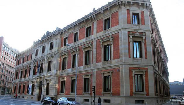 La charla tendrá lugar en el Parlamento de Navarra.