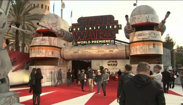 'Star Wars: Los últimos Jedi' se estrena en Los Ángeles