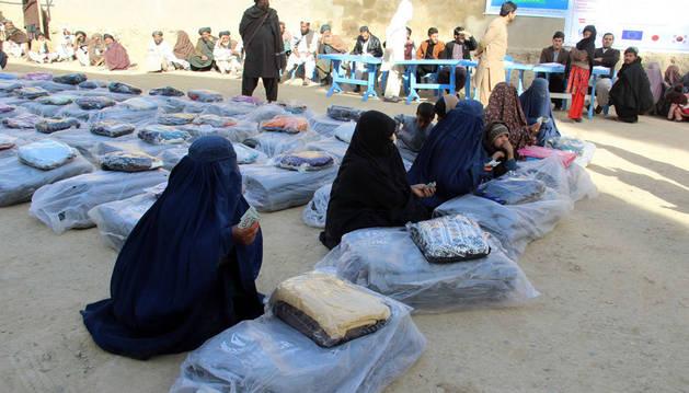 Imagen de familias desplazadas en Afganistán.