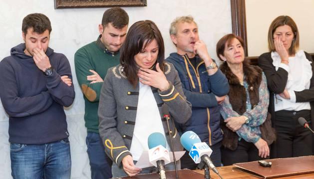 Pleno extraordinario celebrado este lunes en el ayuntamiento de Citruénigo para expresar su condolencia a familiares y hallegados de las víctimas.