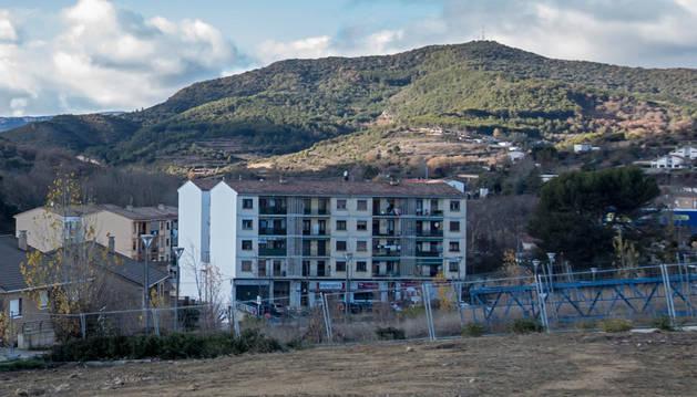 Imagend e terrenos en la calle Sierra de Lokiz, donde se construirán viviendas unifamiliares adosadas.