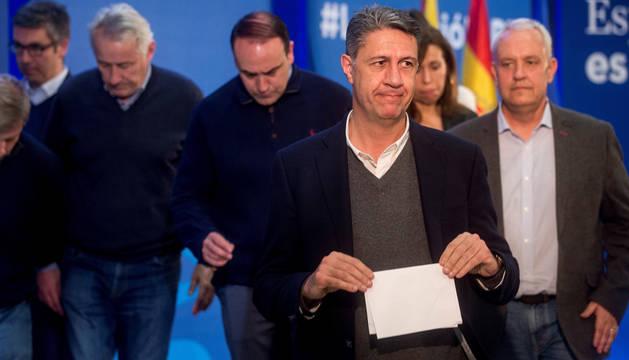 foto de Xavier García Albiol habla ante los medios tras conocerse los resultados electorales.