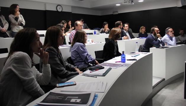 Aula de ISEM, de la Universidad de Navarra, durante la selección de los seis proyectos ganadores.