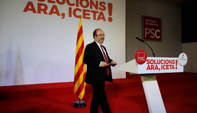 Miquel Iceta sale a comentar los resultados de las Elecciones Catalanas de 2017