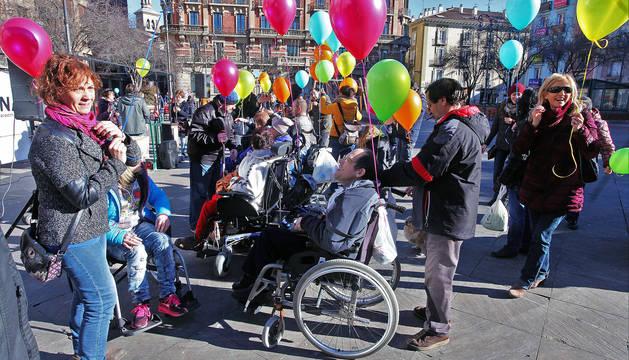 Marcha en Pamplona contra las barreras de las personas con discapacidad física