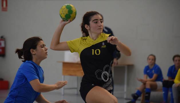 Once jugadoras de Lagunak, en el Campeonato de España de selecciones territoriales