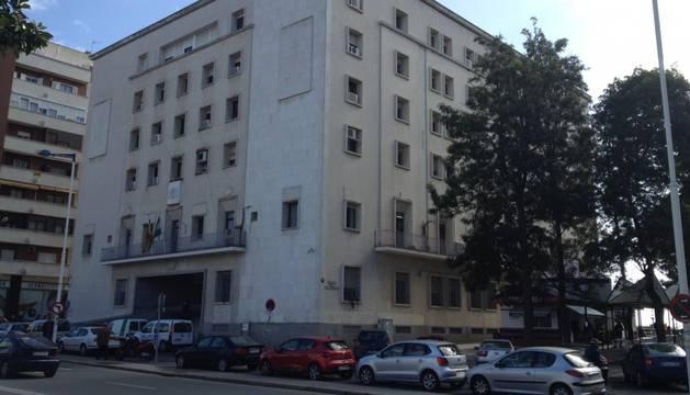 Dos años y medio por robar 7.200 euros a la mujer con alzheimer que cuidaba