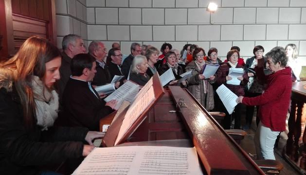 La música de 'La Pastorela' volvió a escucharse el 17 de diciembre en la parroquia de Ezcároz y regresará en la misa del 6 de enero.