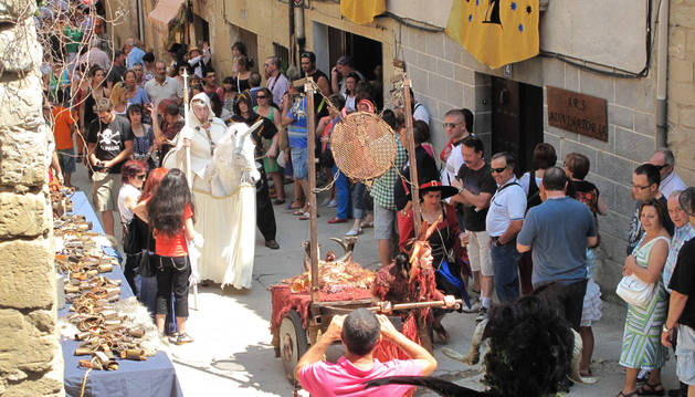 foto de Imagen elegida para la portada del calendario de la asociación Santa Engracia de Azuelo.