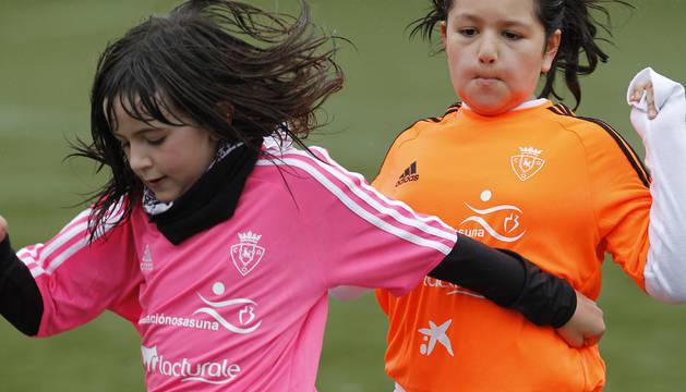 Imagen de un partido del torneo femenino del Interescolar Fundación Osasuna.