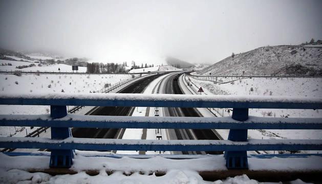 Cortada la Autovía de Leitzarán desde el pk 113 hasta Guipúzcoa como consecuencia de la nieve
