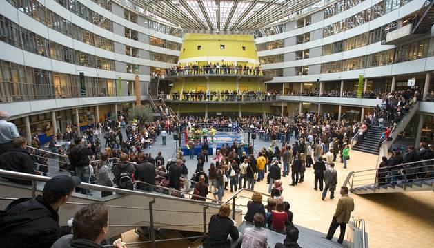 Universidad de La Haya.