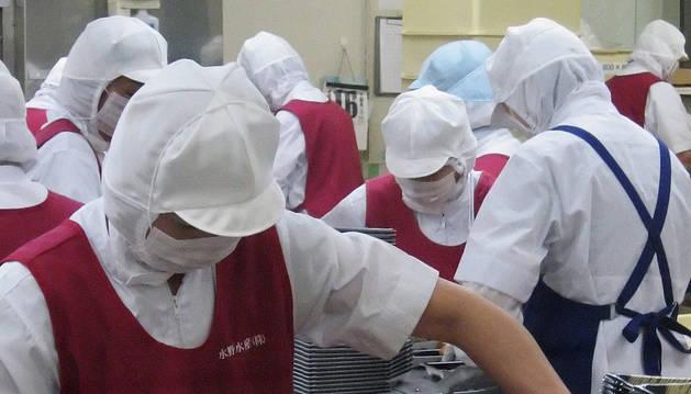 Trabajadoras en una empresa del sector de la alimentación.