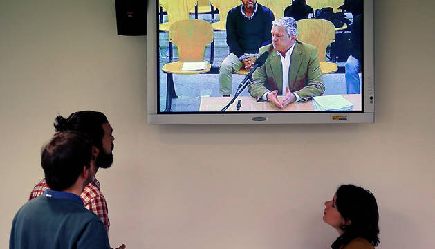 Vista desde la sala de prensa de la Audiencia Nacional de la declaración de Pablo Crespo, durante el juicio de la rama valenciana del caso Gürtel.