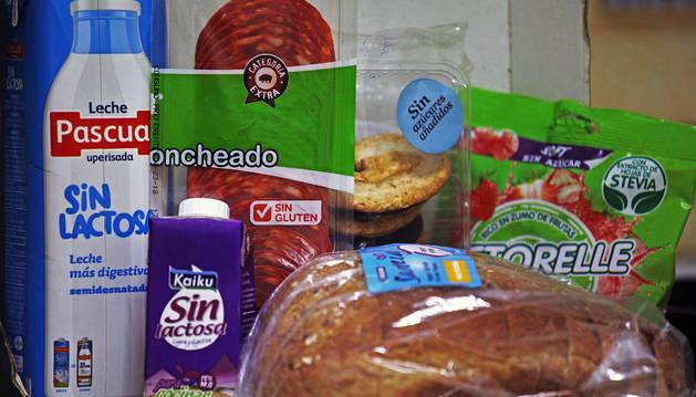 Algunos alimentos sin gluten, lactosa o azúcares añadidos, que consumen los celíacos, los intolerantes a la lactosa... y que son más caros.