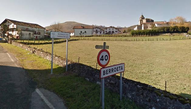 Imagen de la entrada al pueblo de Berroeta.