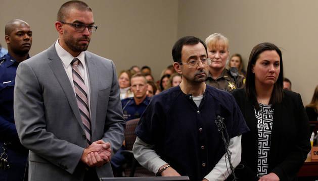 Larry Nassar, el médico acusado de abusar sexualmente de más de un centenar de jóvenes gimnastas en Estados Unidos