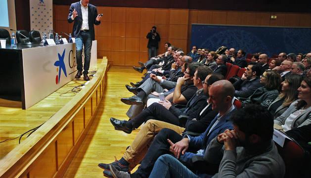 Lluís Soldevila durante su charla antes de la entrega del premio.