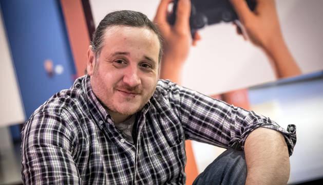 Xavier Cortés ofreció ayer una conferencia sobre e-sports en el Planetario de Pamplona.