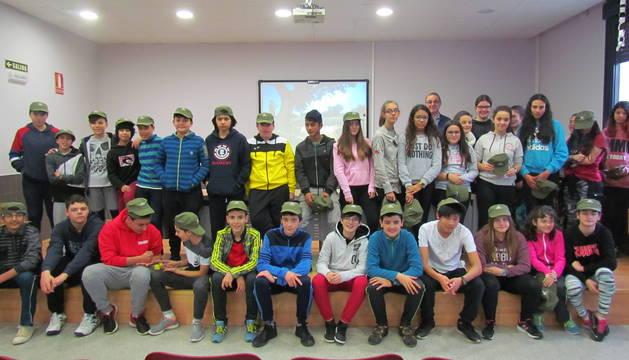 Alumnos del IESO del Camino de Viana que participaron en la última de las acciones que se enmarcan en el proyecto Racimos de aprendizaje.