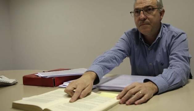 José Ángel Cambra Burgaleta es alcalde de Jaurrieta por una candidatura independiente desde 2011.