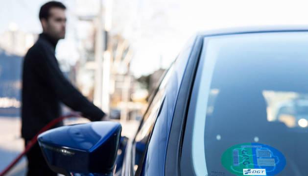 Los vehículos GNC, clasificados con la etiqueta 'ECO', pueden circular en episodios de contaminación.