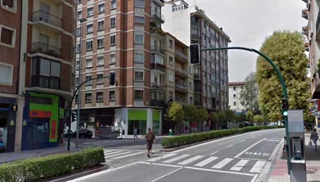El atropello se ha producido en este paso de peatones de la avenida de Zaragoza.