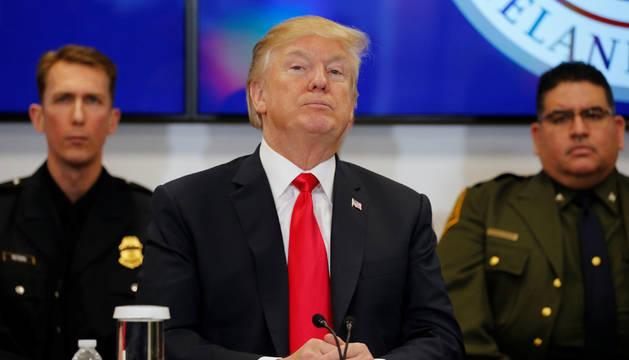 Donald Trump en el centro de coordinación de fronteras de EE. UU.
