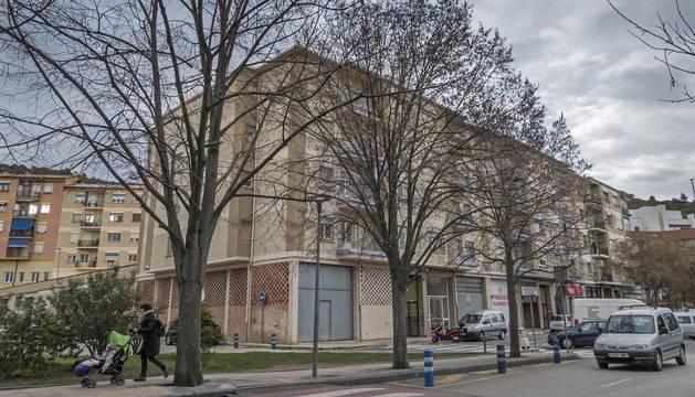 En la imagen, el edificio de la calle San Agustín, uno de cuyos pisos albergará colectivos.