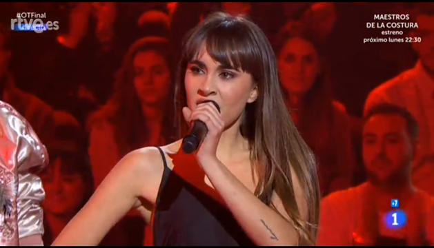 Aitana canta 'Bang bang'