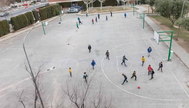 SAN JULIÁN EN ABIERTO. El más apoyado con 183 votos para mejorar los patios del colegio con 30.000 euros de coste.