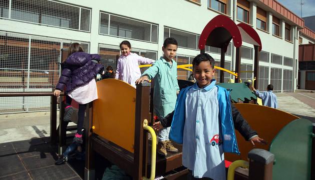 Imagen de alumnos musulmanes del Colegio Público de Cadreita.