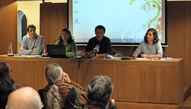 Desde la izquierda, Rubén Velasco, Fanny Carrillo, Carlos Couso y Laura Pérez.