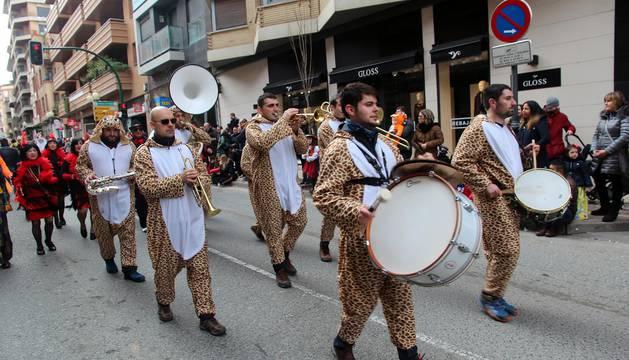 Colorido por las calles de la capital ribera durante los Carnavales celebrados el domingo 11 de febrero.