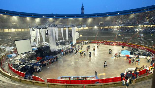 El evento se canceló por una fuerte tormenta el 1 de junio de 2013.