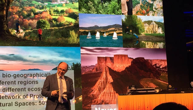 Ayerdi, en la presentación de Navarra como destino turístico en Fráncfort.