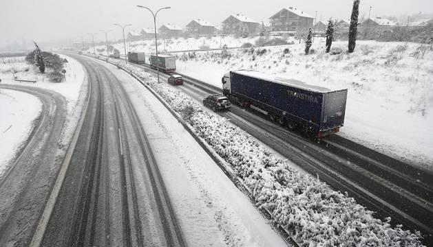 Abierta a todo tipo de tráfico la red principal de carreteras de Navarra