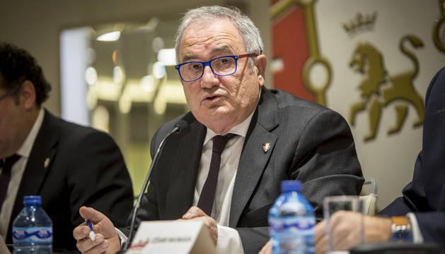 Luis Sabalza durante la Asamblea celebrada el día 3 de marzo en el NH Iruña Park