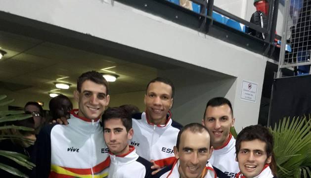 Tras ganar el 4x200, el burladés Rubén Pascual logró el subcampeonato en el 4x200 y el título por selecciones con España