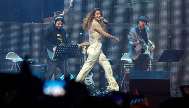 Amaia, durante el primer concierto de la gira en Barcelona