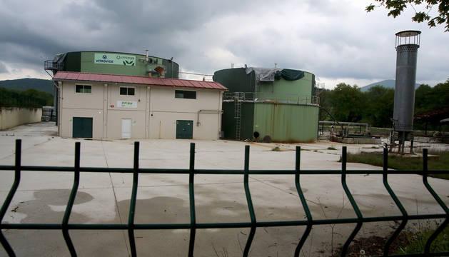 Exterior de la planta de biogás de Ultzama, clausurada a finales de 2015.
