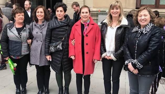 Las mujeres que integran el Gobierno de Navarra se han sumado a las reivindicaciones del 8M.