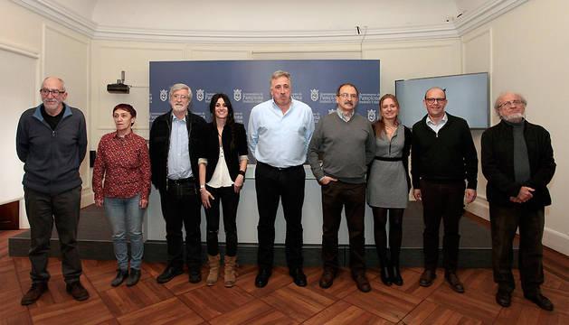 Integrantes de la comisión que estudiará los sucesos de los Sanfermines del 78 en su 40º aniversario.