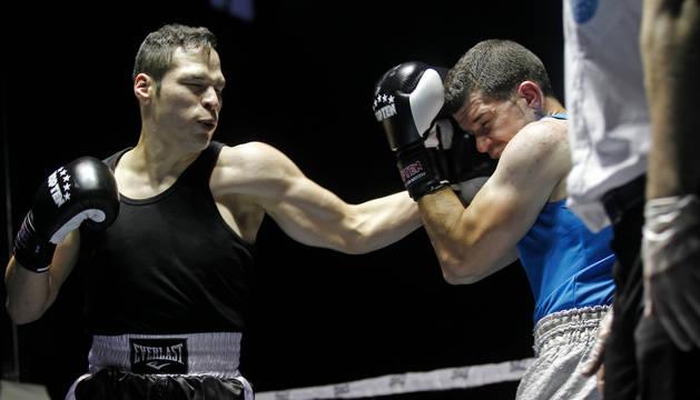 César 'Bam Bam' Núñez, en un combate anterior.
