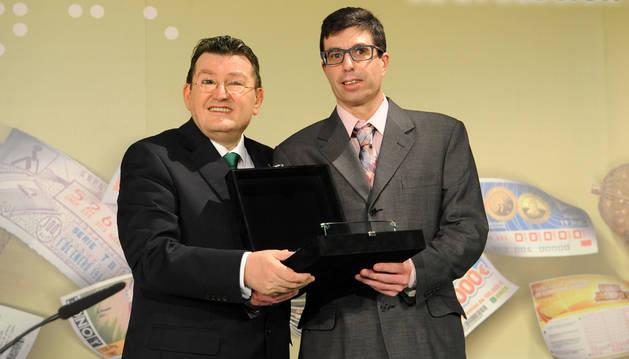 Pablo García recoge el premio