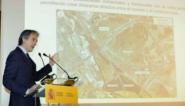 El ministro de Fomento Iñigo de la Serna, durante su intervención en la presentación del proyecto de ampliación de la estación de Madrid-Puerta de Atocha