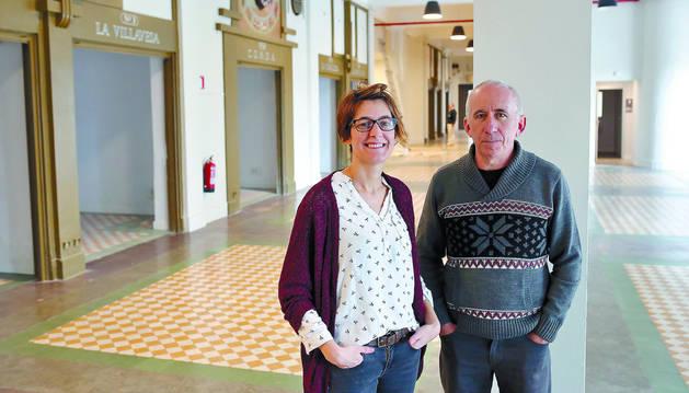 Katrin Guinea Mundiñano y Carlos Rey Bacaicoa, coordinadora y presidente, respectivamente, de Geltoki Iruña.