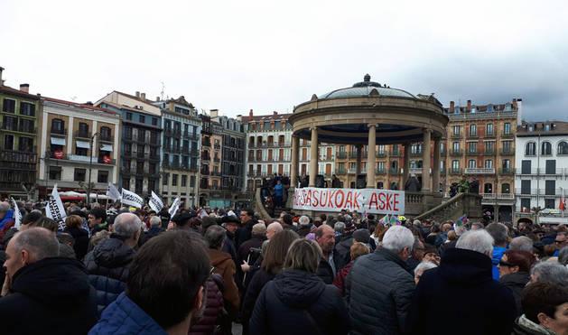 Imagen de la concentración en Pamplona para reclamar